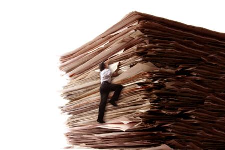 ... Gatis Sluka,Latvijas Avize,Bureaucracy,digg,digging,document,paper
