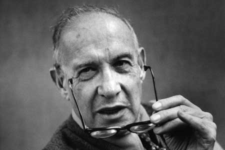 Peter Drucker on leadership and marketing